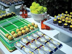 OMG Makes me want to have a party like yesterday, so cute : ) tennis party