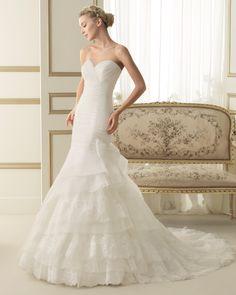 114 ELDA   Wedding Dresses   2014 Collection   Luna Novias (Shown without Jacket)