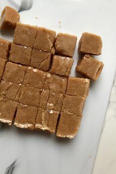 Keto Fudge, Tiramisu, Sugar Free, Delicious Desserts, Keto Recipes, Candy, Snacks, Meals, Chocolate
