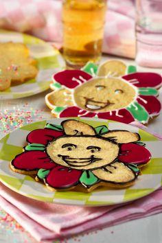 Putzig und lecker - Blumenplätzchen: http://www.ichliebebacken.de/rezeptebox/keks-co/blumenplaetzchen