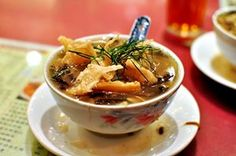 Ever tried our famous bizarre food, Snake Soup? Year of Snake is coming, so if you haven't, it's still not too late to try~ ^^ Try this Michelin recommended snake specialist at Central, Ser Wong Fun (蛇王芬): http://www.allabouthongkong.com/?p=3532