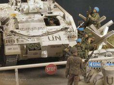 Diorama Militar, Diorama Ideas, Military Modelling, Military Diorama, Model Kits, United Nations, Scale Models, Military Vehicles, Monster Trucks
