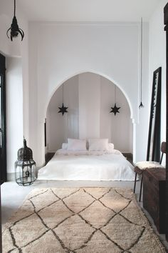 riad sur mesure - Matchstick Tile Bedroom Decor