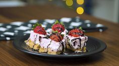 You loved our Cheesecake Bites, so prepare to be floored by how delicious theseStrawberry Cheesecake Bit...