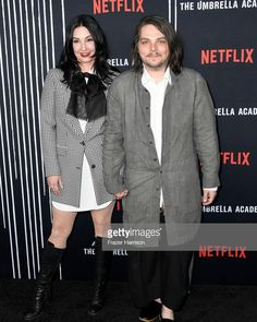 "!!! on Instagram: ""Gerard and Lindsey at the LA premiere of @umbrellaacad tonight!!! They look amazing :D —…"" Lindsey Way, Sassy Diva, Ray Toro, Frank Iero, Gerard Way, Band Memes, Emo Boys, Pretty Men, My Chemical Romance"