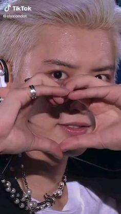 #exo#exol-s Park Chanyeol Exo, Kpop Exo, Exo Show, Exo Updates, Exo Music, Exo Songs, Exo 12, Exo Album, Exo Concert