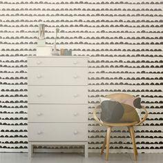 Sfeerfoto met het behang van het Deense merk Ferm living. Patroon half moon.
