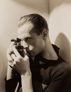 Henri Cartier Bresson- Autoportrait - Self portrait