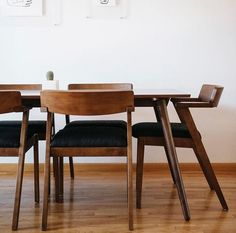 30 Admirable Dining Chair Design Ideas You Must Have - Dining chairs have to be some of the most popular piece of furniture in home interior design today. These have been on the market for quite some time,. Mid Century Dining Table, Walnut Dining Table, Modern Dining Chairs, A Table, Dinner Table, Kitchen Chairs, Black Leather Dining Chairs, Black Dining Chairs, Leather Couches