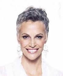 Risultati immagini per tagli capelli corti bianchi