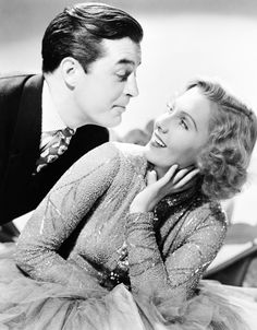 Ray Milland and Jean Arthur, Easy Living, 1937 Hollywood Pictures, Old Hollywood Movies, Classic Hollywood, Hollywood Style, Hollywood Icons, Hollywood Actresses, Jean Arthur, Hollywood Costume, Hollywood Fashion