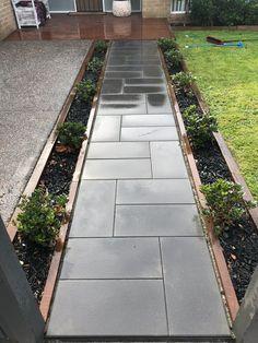 Front Walkway Landscaping, Front Yard Walkway, Outdoor Walkway, Concrete Walkway, Paver Walkway, Outdoor Landscaping, Outdoor Gardens, Side Walkway, Covered Walkway