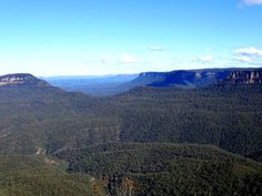 Looking down the Jamison Valley from Echo Point