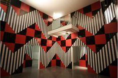 Daniel Buren — EACC — Espai d'art contemporani de Castelló Memphis Furniture, Daniel Buren, Siouxsie & The Banshees, Installation Art, Art Installations, Contemporary Sculpture, Op Art, Electric Blue, Awakening