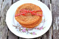 Lebkuchen Cookies mit einem Herz aus Karamell @everybody is unique by pinterest #cookies #recipe #christmas