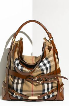 4bbefa415513  1295 tiawong on Lyst BURBERRY Burberry Purse