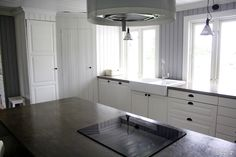Kitchen with concrete floors and counter tops made of concrete. Decor, Countertops, Vanity, Kitchen Cabinets, Concrete Floors, Ikea, Home Decor, Kitchen, Flooring