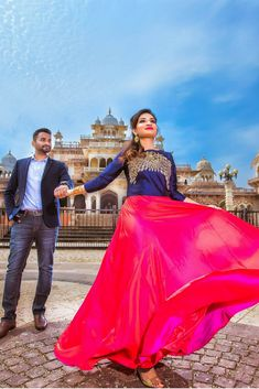 Love Story Shot - Bride and Groom in a Nice Outfits. Indian Wedding Couple Photography, Wedding Couple Poses Photography, Couple Photoshoot Poses, Pre Wedding Photoshoot, Bridal Photography, Wedding Shoot, Girl Photography, Couple Wedding Dress, Wedding Couple Photos