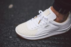 PUMA GV Special - Exotic Pack - Ostrich Leather White