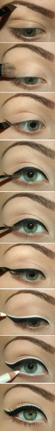 Black and White Cat Eye Tutorial