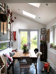 Fill your home with light by installing a Velux or Fakro roof window. Available in a range of styles to suit your personal taste and property. Single Storey Extension, Roof Window, Roof Light, Curved Glass, Flat Roof, Open Plan Kitchen, Skylight, Case Study, Living Spaces