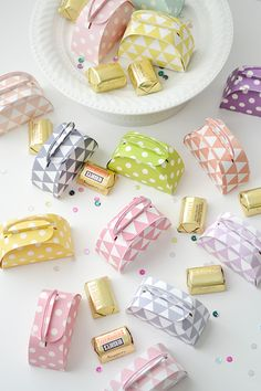 Aly Dosdall: handbag favor boxes made with my Silhouette CAMEO