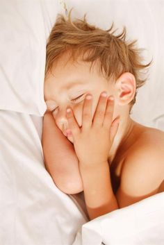 Help! I Can't get my toddler to sleep.
