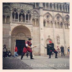 """@fedetalis_Il duello tra """"signori"""" durante il Carnevale Rinascimentale di Ferrara! The duel between """"gentlemen"""" during the Carnival of Renaissance Ferrara, Italy!"""