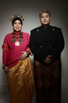 Mixing culture. Baju bodo (left) from makassar south sulawesi and beskap java (right) from java.
