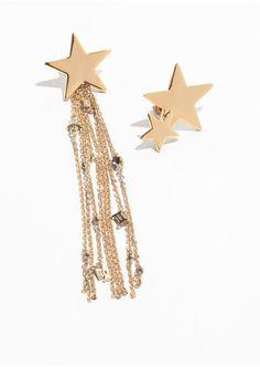 Shooting Star Zodiac Earrings - Gold - Drop earrings - & Other Stories IT Hanging Earrings, Gold Drop Earrings, Star Earrings, Women's Earrings, Gold Jewellery Design, Gold Jewelry, Women Jewelry, Sell Gold, Star Pendant