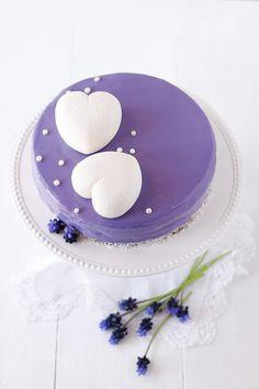 Bavarese ai mirtilli e limone - Deliziosa Virtù Fancy Cakes, Mini Cakes, Cupcake Cakes, Cute Desserts, Delicious Desserts, Modern Cakes, Individual Cakes, Mothers Day Cake, Sweets Cake