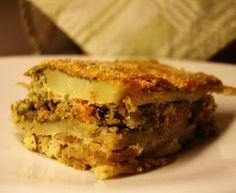 libyan food: Layered Potato and Minced Meat Bake: Mubattan Kusha مبطن بطاطا في الفرن