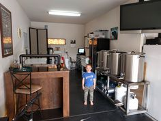 home brewing bar + Beer , home brewing beer Nano Brewery, Home Brewery, Home Brewing Beer, Brewery Design, Home Brewing Equipment, Cider House, Beer Bar, Bars For Home, Brewing Recipes