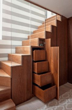 18 Useful Designs for Your Free Under Stair Storage Take advantage of unused space under the basement stairs with these inexpensive (and DIY! stairs 10 Under Stair Storage Ideas that Make Your House Look Stunning Staircase Drawers, Under Stairs Drawers, Closet Under Stairs, Space Under Stairs, Staircase Storage, Diy Storage Shelves, Under Stairs Cupboard, Loft Stairs, Basement Stairs
