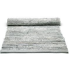 Leather matto reuna, vaaleanharmaa – Rug Solid – Osta kalusteita verkossa osoitteessa Room21.fi