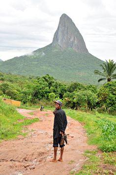 Monte Luvili, Angola