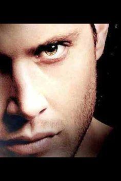 Jensen Ackles - Dean Winchester - Those eyes! Dean Winchester Supernatural, Jensen Ackles Supernatural, Jensen Ackles Jared Padalecki, Sam And Dean Winchester, Supernatural Tv Show, Jared And Jensen, Jensen Ackles Eyes, Jensen Ackels, Danneel Ackles