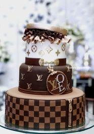 Bolo de Casamento decorado com Louis Vouitton
