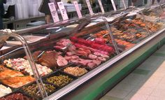 WORK EXPERIENCE: Delicatessen - Herkkukeidas Oy, Finland (2012 - 2013) • Prepared, packed, stocked and served variety of deli products to customers whilst maintaining the high standards of health and safety practices • Provided excellent customer service