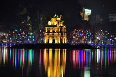 Visit the most unique night market in Hanoi in Hang Ngang - Hang Dao street. During the trip, you will have chance exploring the beauty of Hanoi and lifestyle of local people at night as well as enjoying some local unique food. Vietnam Tours, Hanoi Vietnam, Vietnam Travel, Holiday Hotel, Holiday Deals, Hanoi Old Quarter, Walk Around The World, One Day Tour, Alley Cat