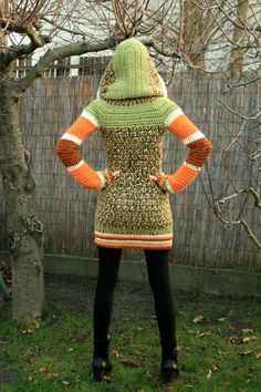 If I did this in all green and brown and made the hood pointer, it'd look like a Link coat.