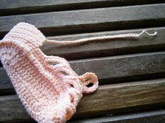 Maria Amélia - Crochê: Gráfico de sandalinha de crohe - Salmão