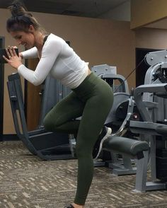 """778 Likes, 39 Comments - Jill Christine (@jillchristinefit) on Instagram: """"Using machines at the gym for what they are not intended for has been my thing lately! No kickback…"""""""