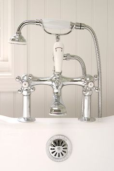 Vintage bath filler.  This is a stunning faucet!! I think I am in love.