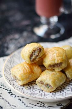 No party is complete without Puff Pastry Sausage Rolls, they are everyone's favorite appetizer! Crispy puff pastry surrounding savory sausage, who could resist? Appetizers For Party, Appetizer Recipes, Dessert Recipes, Party Snacks, Lunch Recipes, Dishes Recipes, Party Recipes, Yummy Appetizers, Christmas Recipes