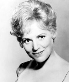 Judy Holliday was a tremendous talent.  Most of her characters were a naive girl with a heart of gold.  They were also much more clever than folks gave them credit for!