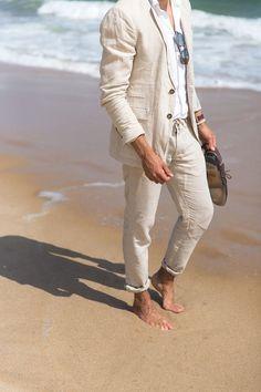 Fabulous Stylish Beach Wedding Groom Attire : 100+ Cool Ideas https://bridalore.com/2017/07/03/stylish-beach-wedding-groom-attire-100-cool-ideas/