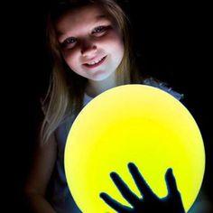 Ver detalles de Globos amarillos con luz (5)