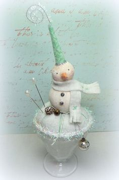 Snowman // Pin Cushion // Vintage Style // by CatandFiddlefolk