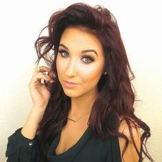 Jaclyn Hill - tons of great makeup how to videos, tons of pretty
